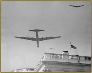 B-36 and a wing over the White House!